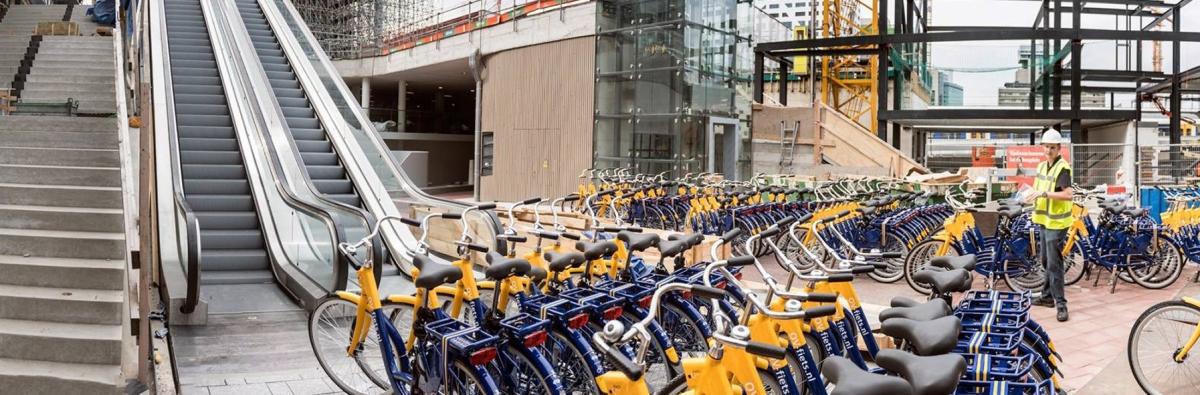 Hollandiában átadták a világ legnagyobb kerékpáros mélygarázsát